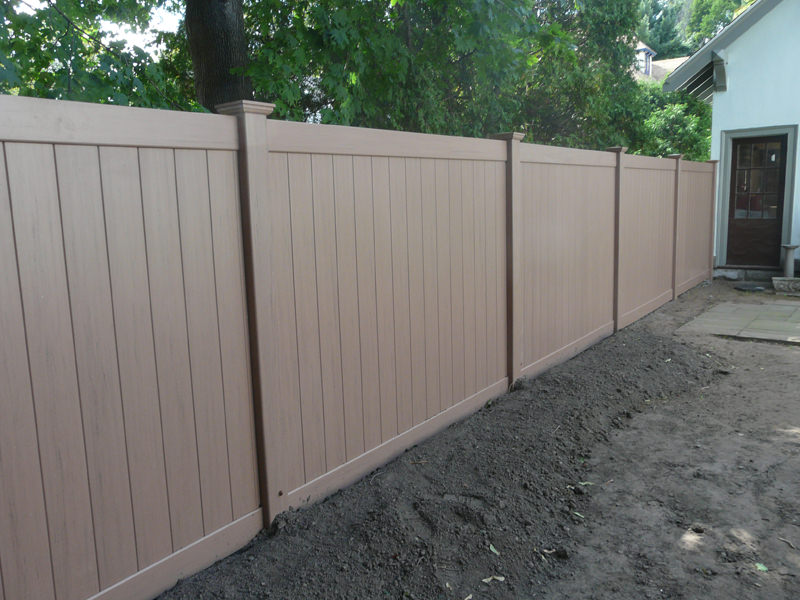 Wood Vinyl Amp Aluminum Fence Installation In Melrose Ma