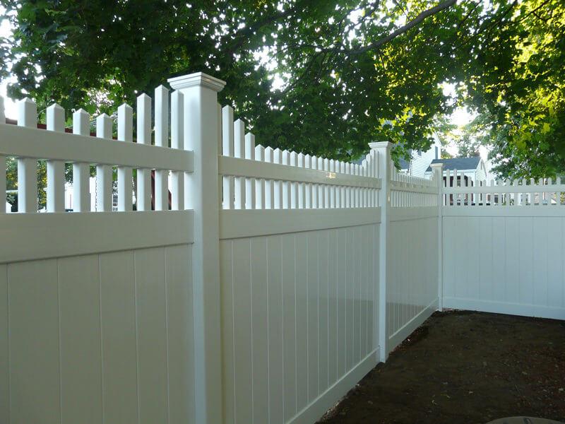 Wood Vinyl Amp Aluminum Fence Installation In Melrose Ma
