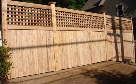 Cedar Fence with Square Lattice Top
