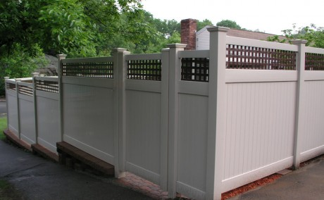 Vinyl Fence with Square Lattice Top